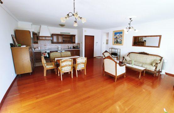 Διαμέρισμα, ισογείου σε άμεση επαφή με το πράσινο