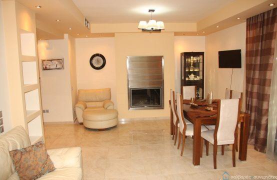 Διαμέρισμα, μοντέρνο ευχάριστο, λειτουργικό, επιπλωμένο