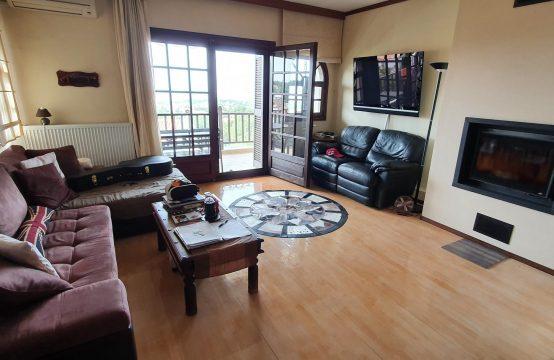 Διαμέρισμα, 2ου , πλήρως επιπλωμένο, ηλιόλουστο,με εντυπωσιακή θέα, αέριο