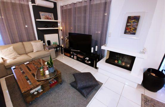 Διαμέρισμα 1ου ορόφου και ένα ανεξάρτητο στουντιο ισογείου , πώληση , αέριο,  Πανόραμα